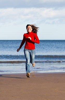 Joggen am Meer zum Stoffwechsel ankurbeln